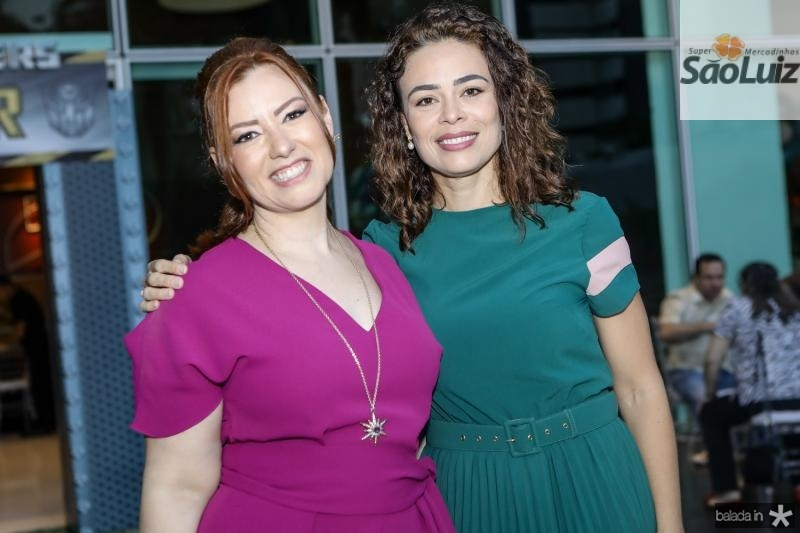 Aline Barros e Carol Martins