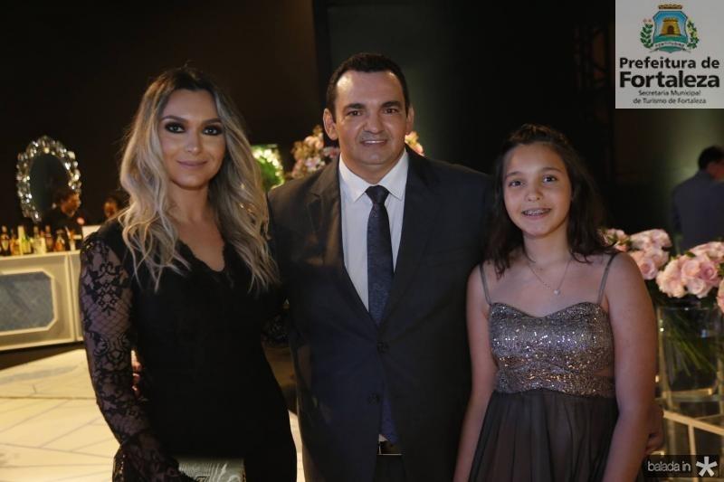 Natalia Sales, Carlos Maia e Maria Clara Maia