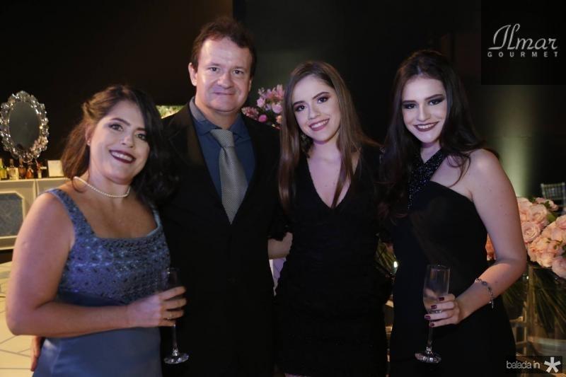 Nara e Henrique Machado, Lara e Bianca Miranda