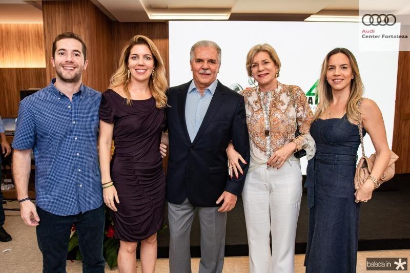 Guilherme Rolim, Ticiana Queiroz Rolim, Pio Rodrigues, Stella Rolim e Isabela Rolim