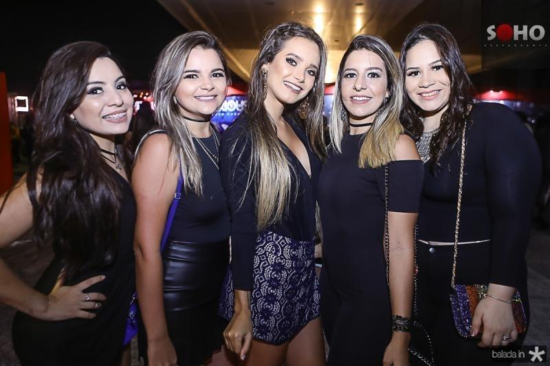 Victoria Gomes, Jessica Barbosa, Beatriz Uliman, Camila Sa e Leticia Freitas