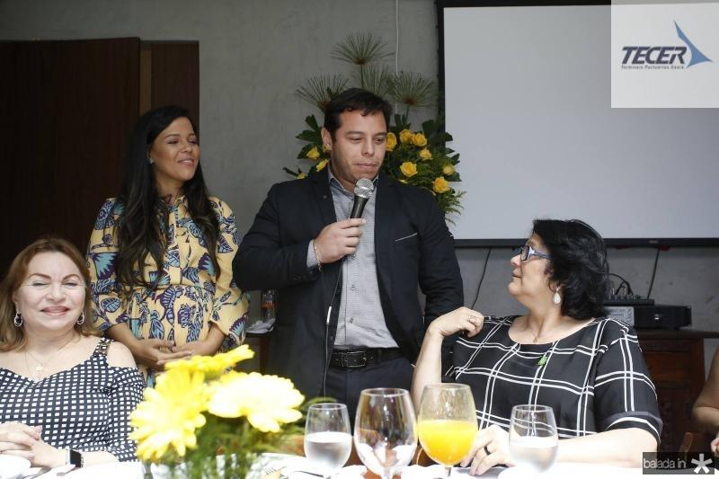 Gorete Pereira, Priscila Costa, e Damares Alves