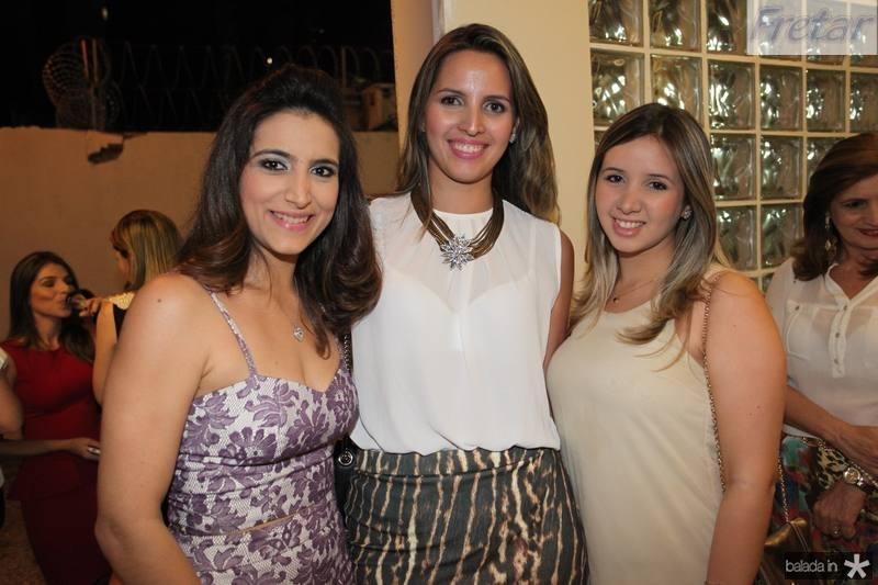 Camila Rodrigues, Mariana e Livia Queiroz