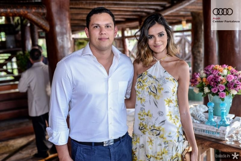 Marcelo Lobo e Lu Palhano