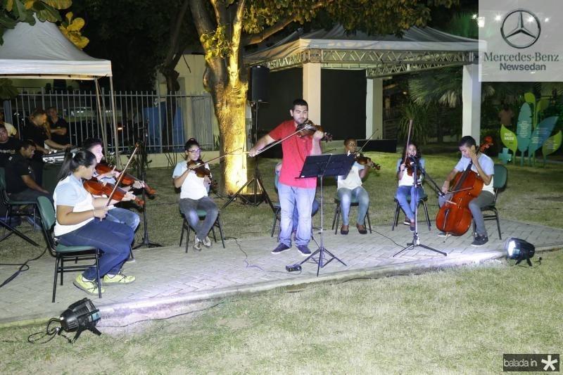 Camerata de Violinos