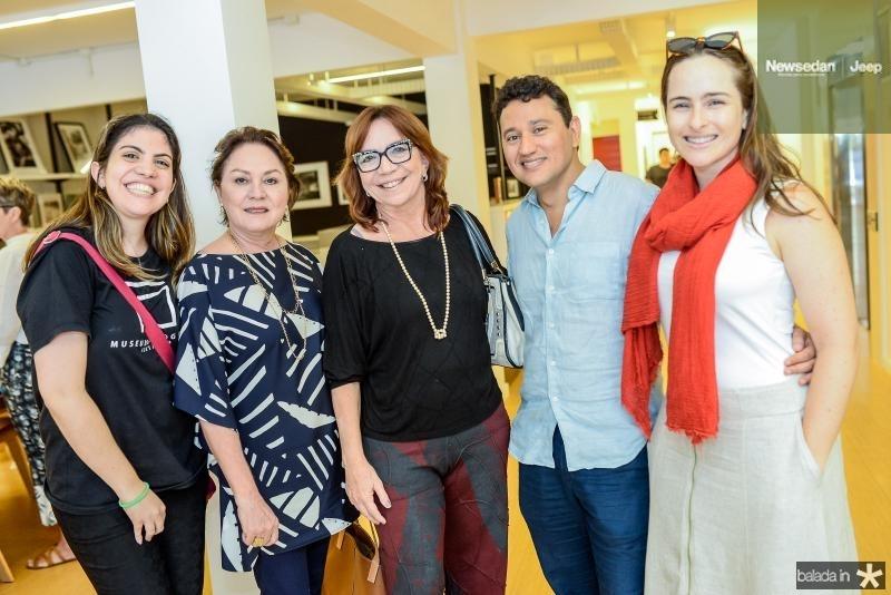 Beatriz Wolff, Paula Frota, Lucia Wolff, Mardonio Barros e Bia Fiuza