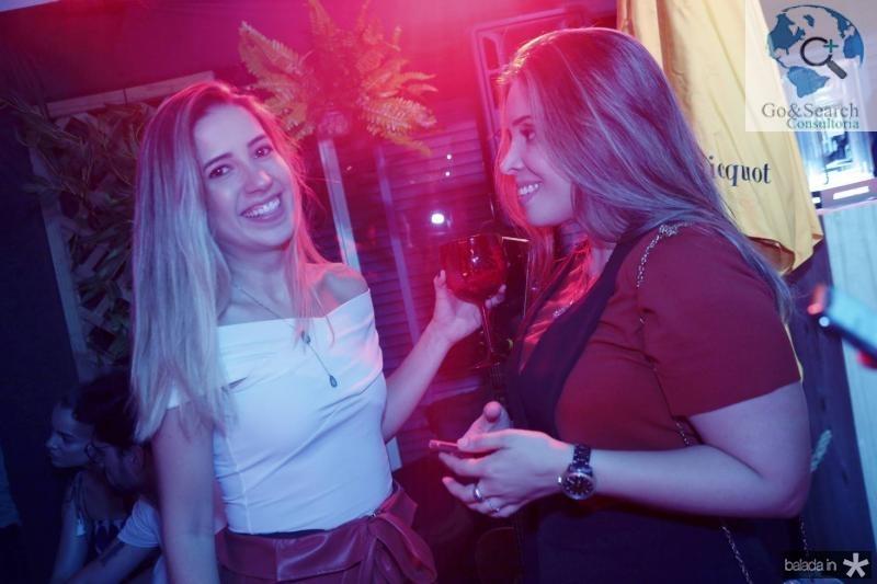 Liana Sa e Michele Melo