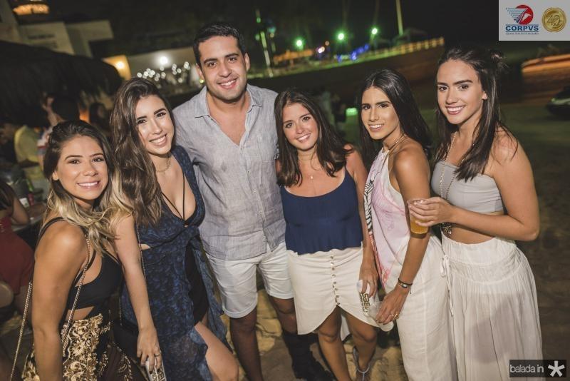 Victor Torres, Juliana Lima, Nathalia e Isabella Nogueira