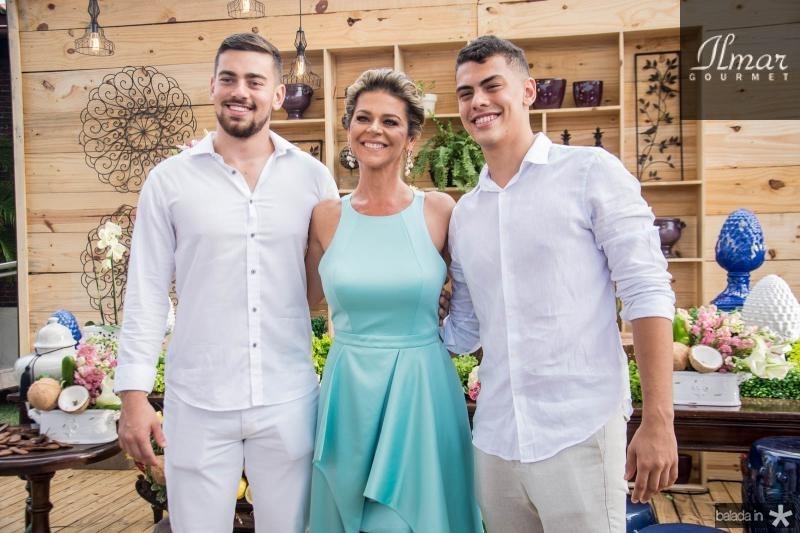 Matheus, Ana Cristina e Gabriel Wolf