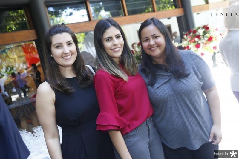 Lara Felicio, Raissa Borges e Caroline Lins