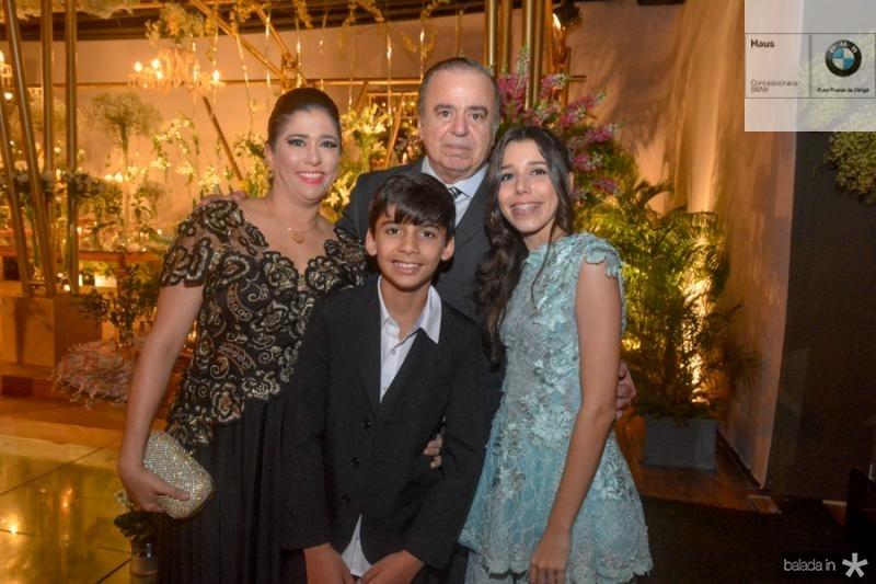 Charlene Aguiar, Franze Candido, Ricardo Neves e Beatriz Aguiar