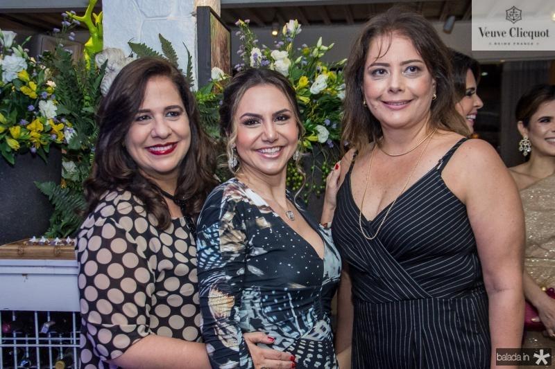 Martinha Assuncao, Adriana Queiroz e Claudia Gradvohl