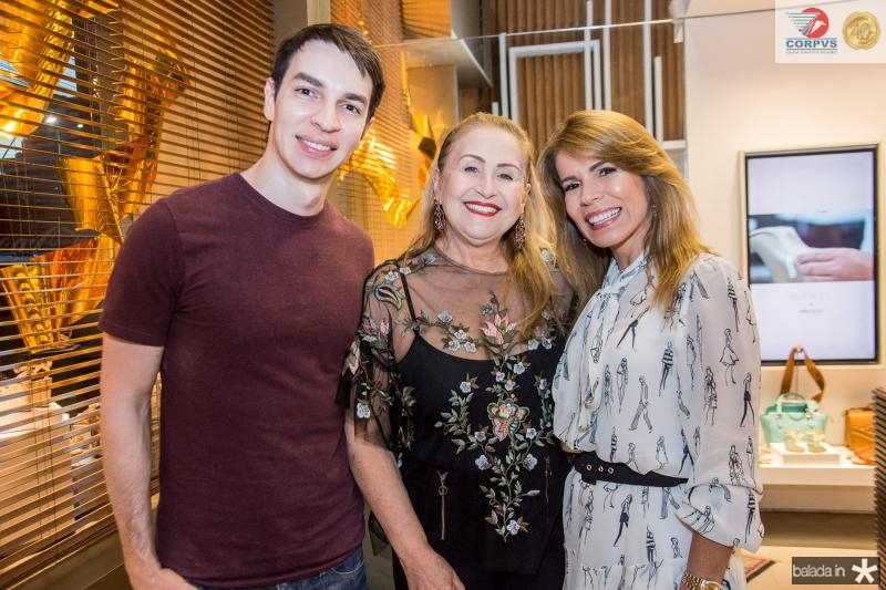 Andre Albuquerque, Regina Ximenes e Maira Silva