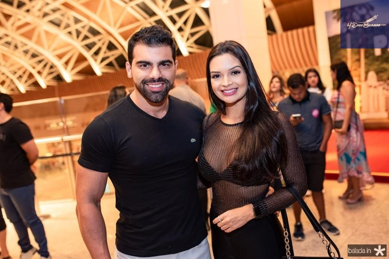 Charles Fejo e Thamile Oliveira