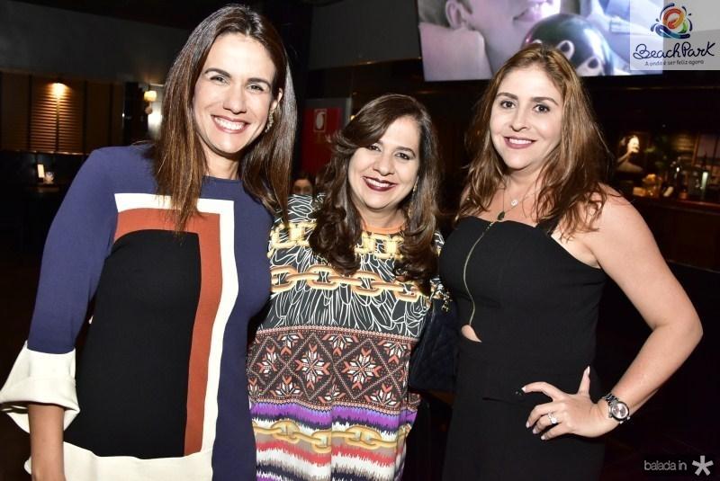 Ana Virginia Martins, Martinha Assuncao e Cristiane de Farias