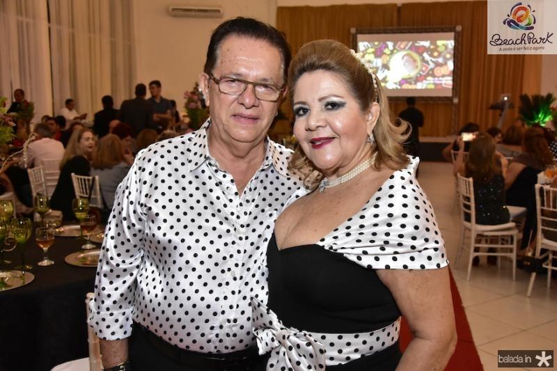 Josevaldo Silva e Marta Peixe