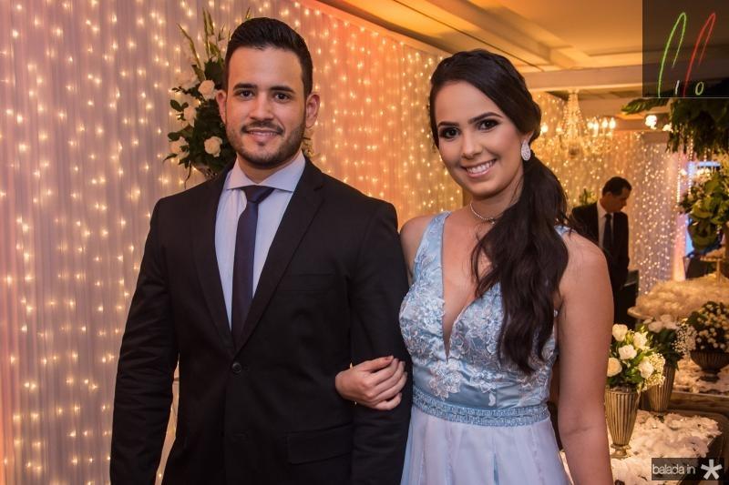 Leonardo Torres e Luana Lemos
