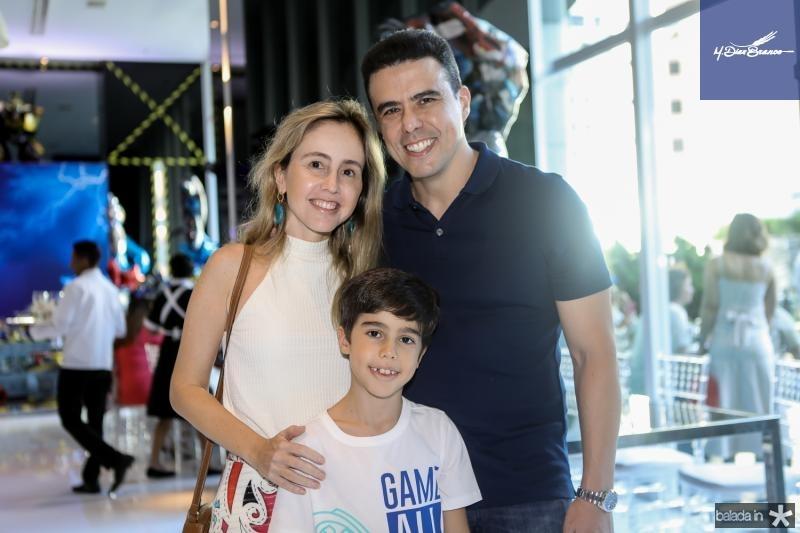 Carol, Rafael e Nizabro Fujita
