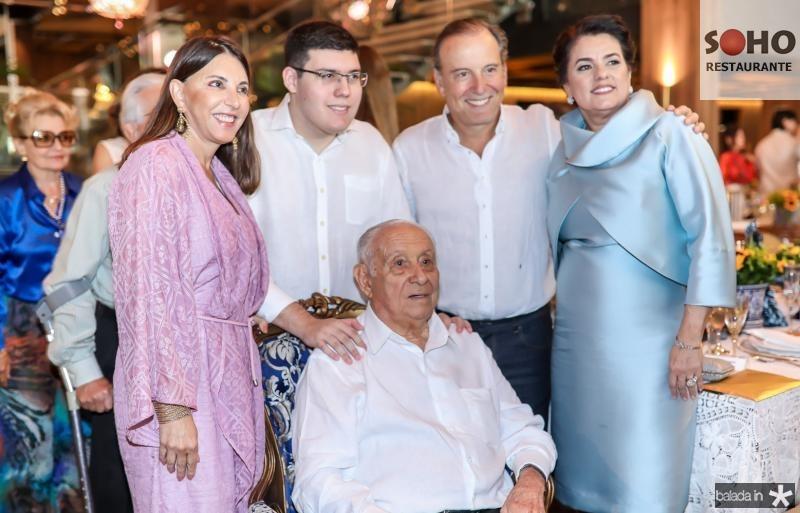 Luciana, Artur, Adauto, Binho e Silvana Bezerra