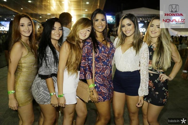 Giovanna Murinelli, Jessica Naia, Suelen Moraes, Camila Almeida, Marcia Moraes e Tainah Freire