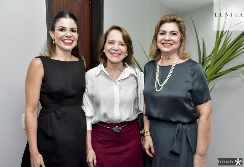 Carol Bezerra, Socorro Queiroz e Angela Cunha