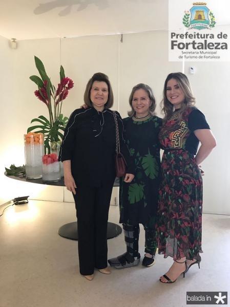 Rejane Fujita, Natercia Jereissati e Maria Clara Dallolio.jpg
