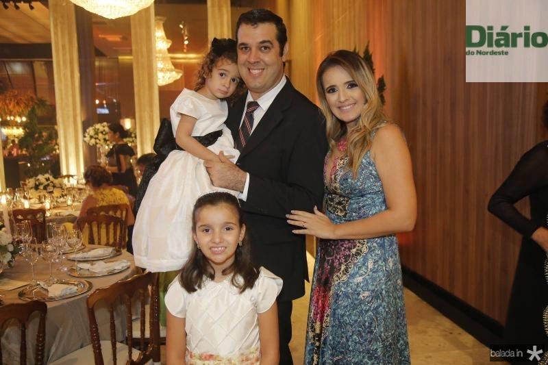 Luiza, Raul, Renata e Sophia Landim