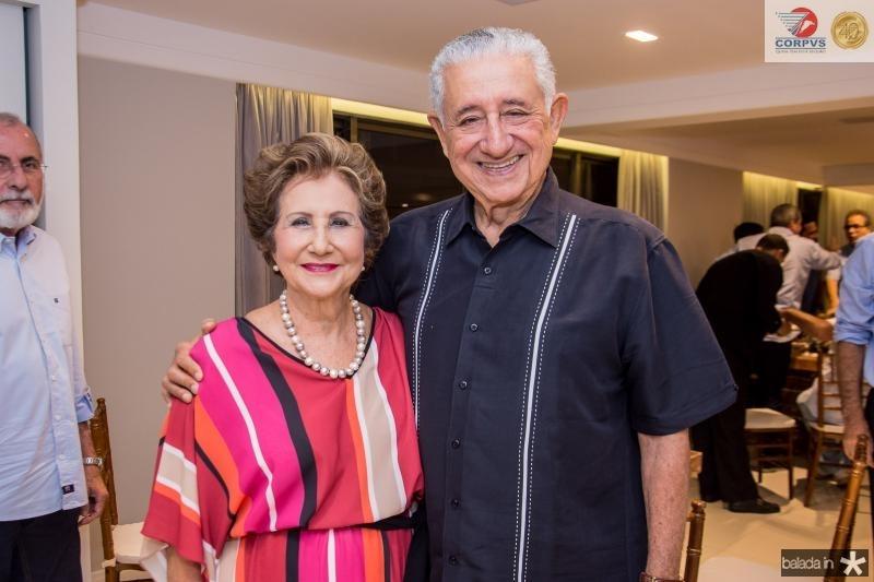 Lucia e Mauricio Medeiros