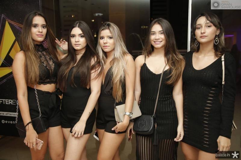 Simone Guedes, Rebeca Rodrigues, Laissa Alves, Debora Mirtes e Thais Souza