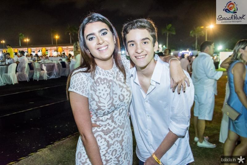 Livia e Guilherme Saraiva