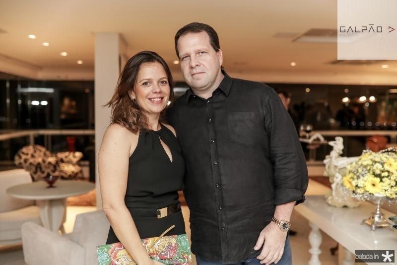 Larissa Mourao e Edson Ventura Filho