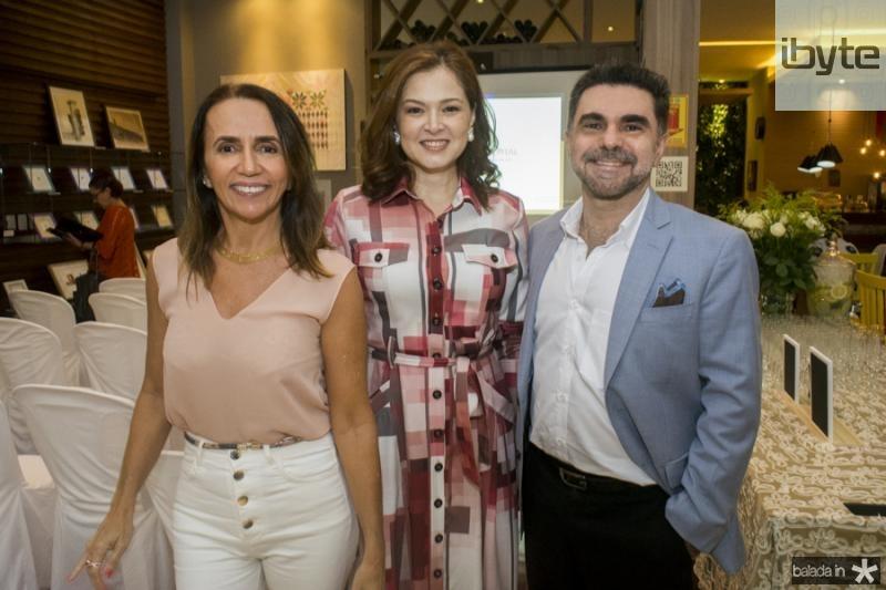 Carla Bayde e Cheyla e Isaac Furtado