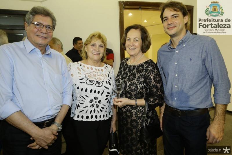 Mario e Anire Lima, Susan Pontes e Nicolas Lima