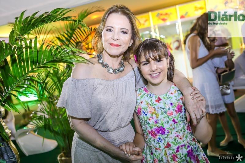 Angela Cunha e Isabella Bezerra