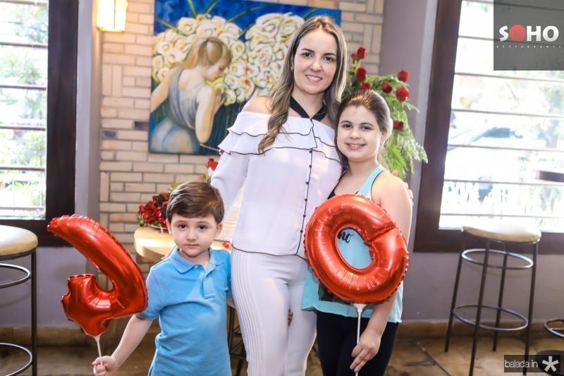 Erick e Raquel Vasconcelos e Sarah Brigido