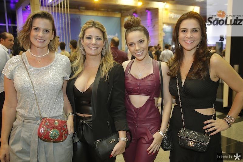 Laura Araujo, Tatiana Luna, Nicole Vasconcelos e Elen Araujo