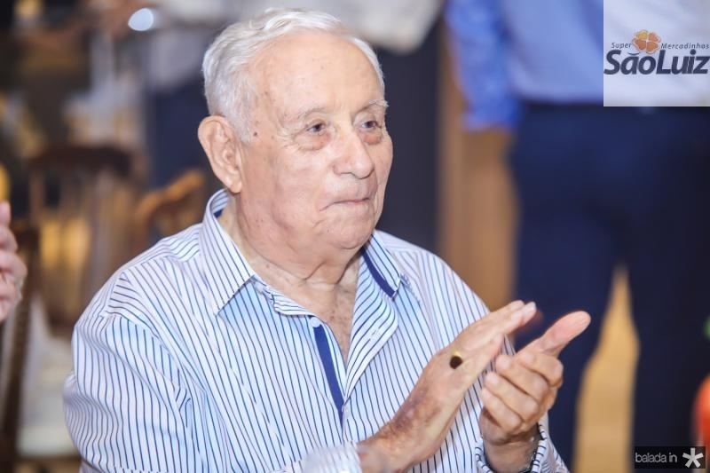 Adauto Bezerra