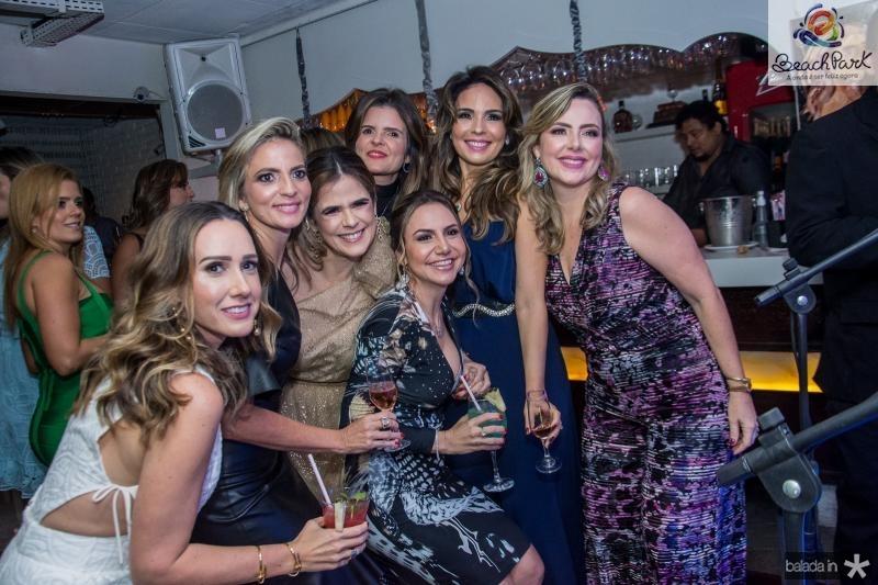 Roberta Nogueira, Michele Aragao, Niedja Bezerra, Cristine Feitosa, Adriana Queiroz Eveline Fujita e Suyane Dias Branco