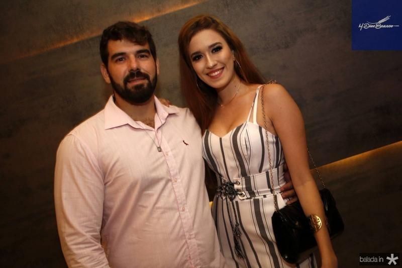 Lucas Noronha e Marilia Carla