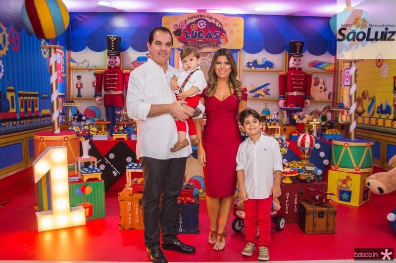 Leonardo, Lucas, Marina e Leozinho Albuquerque