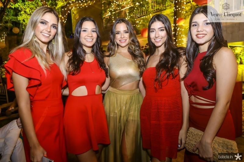 Priscila, Camille, Fernanda, Marina e Hanna Levy
