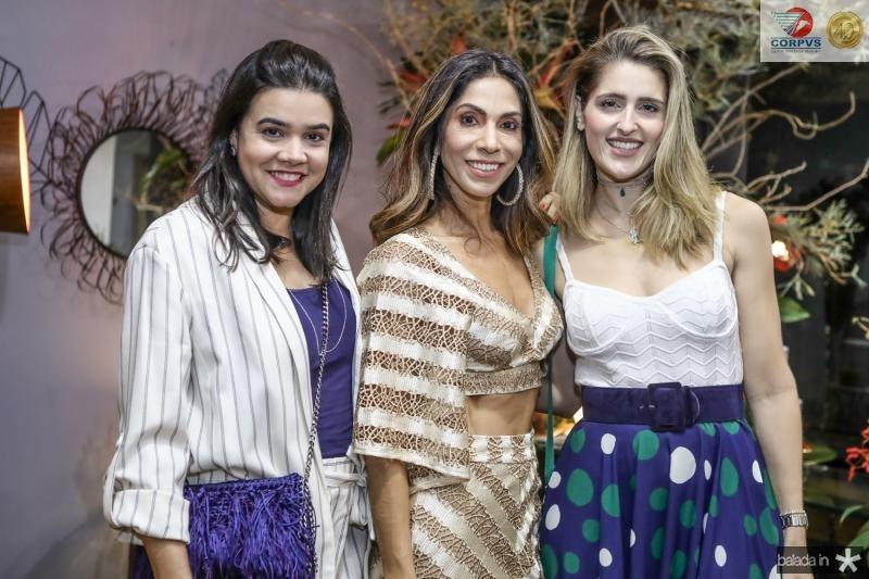 Priscila, Synara e Rebeca Leal