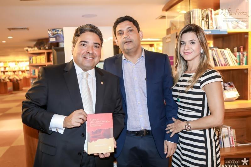 Leandro Vasquez, Bruno Queiroz e Aline Vasquez