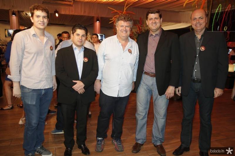 Guilherme Colares, Pompeu Vasconcelos, Evandro Colares, Rafael Rodrigues e Marcelo Pitanga