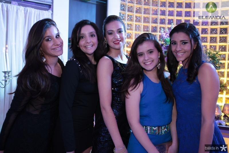 Lara Machado,Giulia Soares,Barbara Zumbo,Maria Cacolina e Leticia Macedo