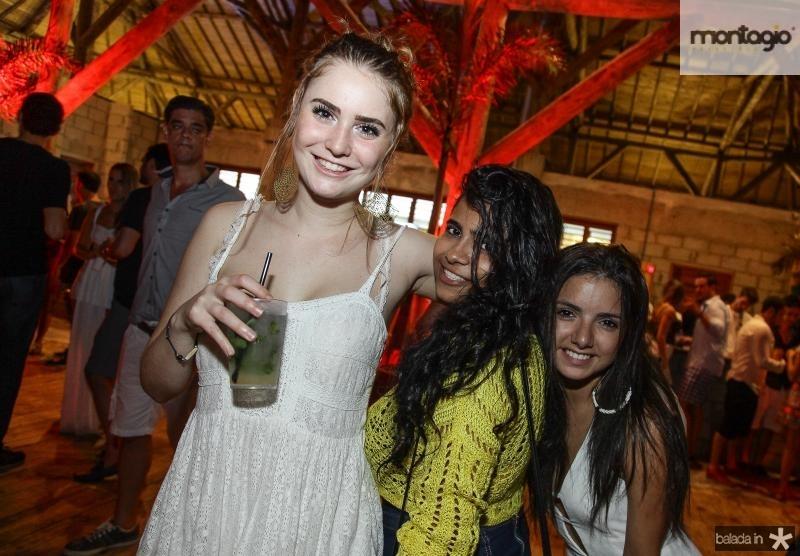 Nicole Binatti, Alexandra Vaz e Dominique Freitas
