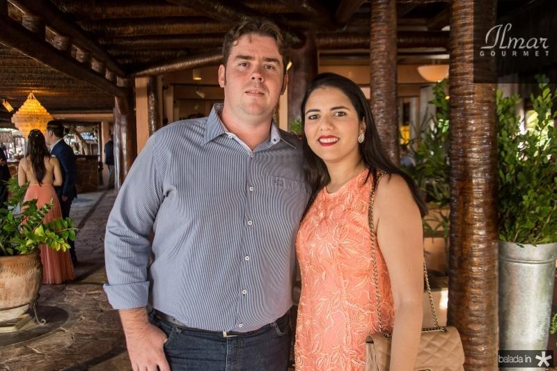 Douglas e Jordana Plefica