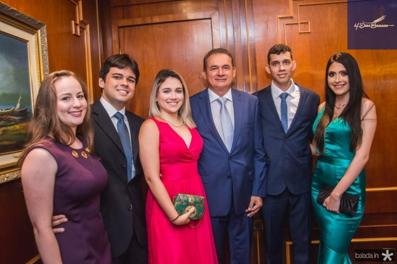 Georgia Pinheiro, Vitor Araujo, Livia Araujo, Washigton Araujo, Gustavo Araujo e Lais Araujo