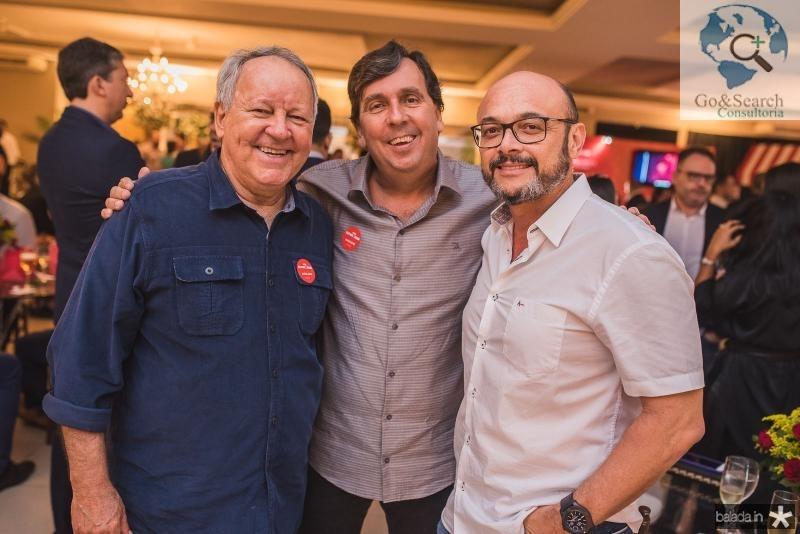 Crica Bezerra de Menezes, Joao Mendonça e Adriano Fiuza