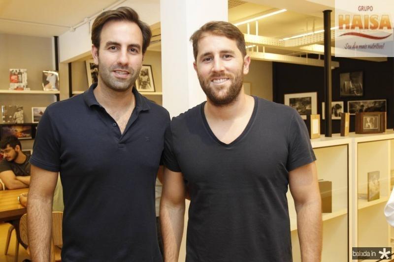 Vitor e Rodrigo Frota